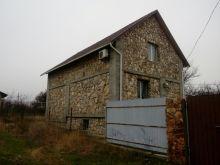 Продается 2х-этажный дом 160 кв.м. в пгт. Черноморское