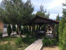 Продается гостевой комплекс в центре села Оленевка