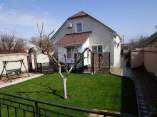 Дом в с. Уютное, ул. Гагарина, общей площадью 144,6 кв.м.