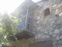 Продаются два дома общей площадью 210 кв.м. на участке 5 соток в пгт. Черноморское