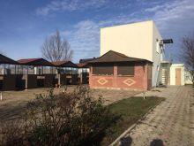 Продается гостевой дом общей площадью 300 кв.м. на участке 15 соток в с. Оленевка