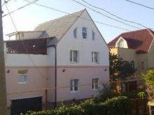 Продается 3-х этажный дом 220 кв.м. на участке 7 соток в пгт. Черноморское.