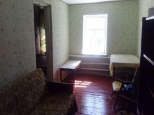 Продается дешево дом в п. Черноморское (с. Новосельское)